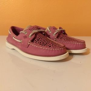 Sperry Women's Coil Ivy Perforated Boat Shoe  NWOT